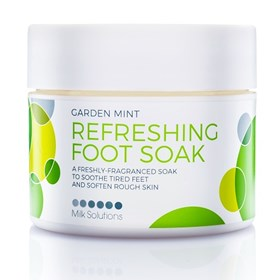 Garden Mint Refreshing Foot Soak.jpg